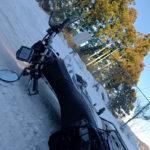 雪道で転倒したセロー250の傷を確認